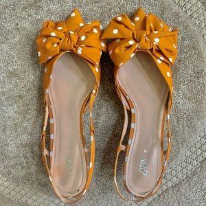 Zara mustard polka dot sling back kitten heels 10